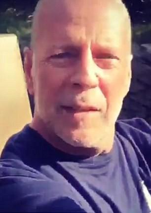 Брус Уилис в Дисниленд