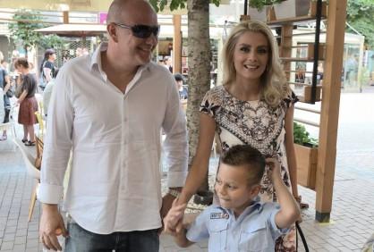 Тихомир Георгиев, Венета Райкова и синът им Патрик