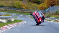 Mini обиколи Нюрбургринг на две колела (видео)