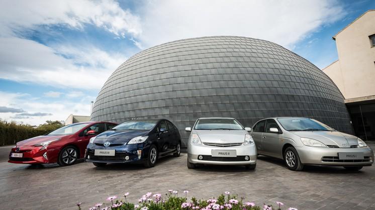 Toyota прави хибриди вече 20 години и е лидер в производството им.