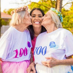 Бразилска фотографка засне 100-ия рожден ден на близначки