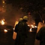 Безредици и запалителни бомби в Атина и Солун