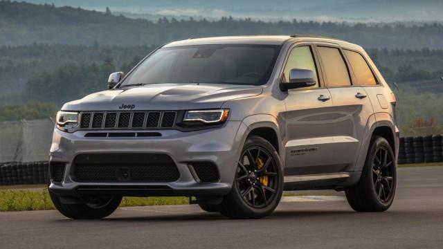 Jeep Grand Cherokee - по-бърз от Lamborghini Huracan (видео)